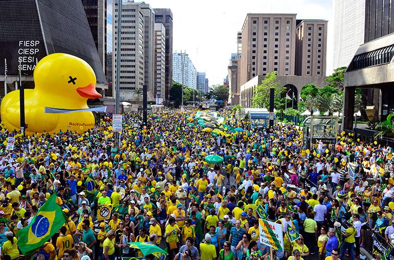 fora dilma, pt, lula, fora ladrões comunistas - mega manifestação domingo, 13 de março de 2016
